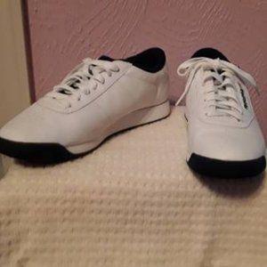 Women's Reebok Shoes Size 8 Princess Supreme